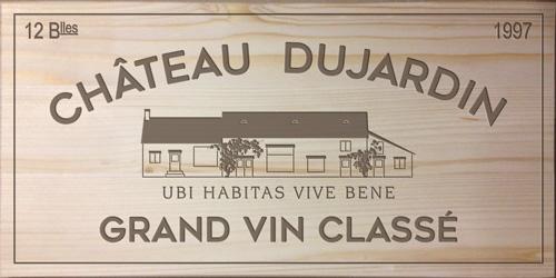 commandez votre plaque de caisse de vin personnalisée